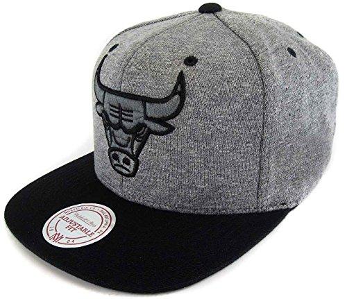 Mitchell & Ness Herren Caps / Snapback Cap Broad Chicago Bulls grau Verstellbar