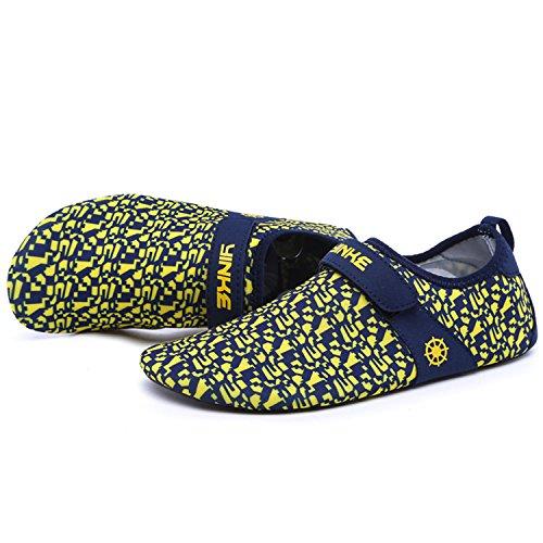 Strandschuhe Badeschuhe Aquaschuhe Schwimmschuhe Rutschfeste Atmungsaktiv  Leicht Barfuß Schuhe mit Klettverschluss für Damen Herren Gelb ...