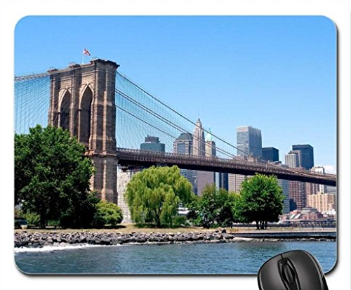 Puente de Brooklyn en verano Mouse Pad, Mousepad (Bridges Mouse Pad)