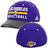 adidas Los Angeles Lakers Herren NBA Praxis Flex Fit Hat Cap, Herren, violett/grau, Large/X-Large