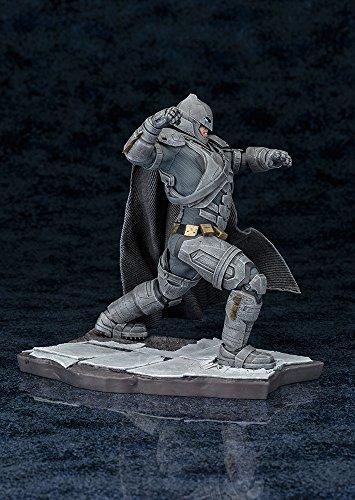 Batman - Estatua de PVC (Kotobukiya KTOSV111) 4