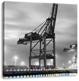 großer Containerkran im Hafen schwarz/weiß, Format: 40x40 auf Leinwand, XXL riesige Bilder fertig gerahmt mit Keilrahmen, Kunstdruck auf Wandbild mit Rahmen, günstiger als Gemälde oder Ölbild, kein Poster oder Plakat