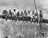 Kunstdruck/Poster: Bettmann/Corbis Archive Lunchtime Atop a Skyscraper - hochwertiger Druck, Bild, Kunstposter, 50x40 cm