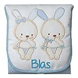 Cambiador Portátil de Bolso Personalizado con el Nombre del Bebé, modelo 'Conejitos', color Azul.