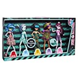Monster High Skull Shores–5Pack–includes 3Exclusive Dolls.–Ghoulia Yelps, Frankie Stein, Cleo de Nile, Clawdeen Wolf & Draculaura–X4489