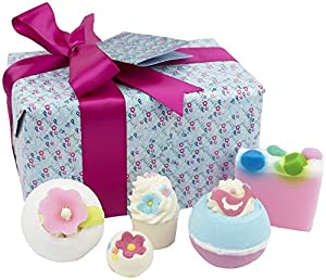 Bomb Cosmetics Handmade Gift Pack, Pocketful of Posies