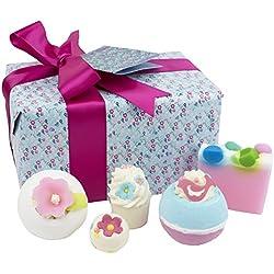 Bomb Cosmetics - Paquete de productos de baño con flores hechos a mano, pack para regalo