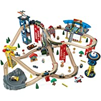 KidKraft 17809 Circuito de tren de juguete de madera para niños Super Highway con más de