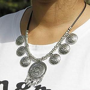 XUHAHAXL Halskette/Schmuck, Mode, Übertreibung, Retro-Wind, Geschnitzte Metallplatten, Quasten, Kurze Halsketten.