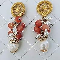 Orecchini con ruota in zama perle barocche e pietre occhi di gatto handmade