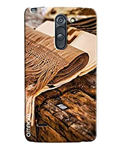 Omnam Woolen Clothes Lying On Wood Art Printed Designer Back Cover Case For LG G3 Stylus