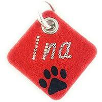 """Halsbandanhänger aus Filz mit der Aufschrift """"Dein Wunschname"""" und einer Hundepfote. Beidseitig personalisierbarer Anhänger fürs Halsband oder Geschirr."""