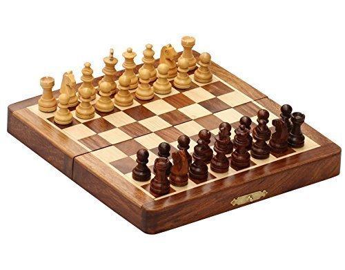 Preisvergleich Produktbild Schachspiel Ultimatives 17.78x17.78 cm Klassisches Holz Reise Schach mit Magnet Staunton Figuren und klappbares Spielbrett - Handgefertigt von Handwerkern in feines Rosenholz mit einem Walnuss-Finish