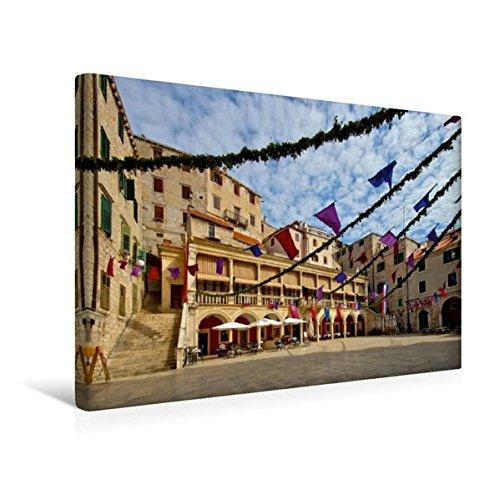 Preisvergleich Produktbild Premium Textil-Leinwand 45 cm x 30 cm quer, Rathaus in Šibenik | Wandbild, Bild auf Keilrahmen, Fertigbild auf echter Leinwand, Leinwanddruck: Unterwegs in Mitteldalmatien (CALVENDO Orte)