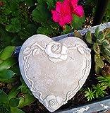 Radami Herz Grabherz mit Rosen Rosenranke Grabschmuck Gedenkstein Dekoherz Gartenherz grau/weiß 14,5cm
