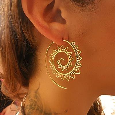 Boucles d'oreilles en laiton - boucles d'oreilles en laiton spirale - boucles d'oreilles gitane - boucles d'oreilles tribales - boucles d'oreilles ethniques - boucles d'oreilles indien - boucles d'oreilles déclaration - grandes boucles d'oreilles - bijoux