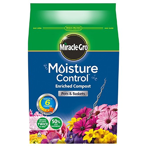 miracle-gro-moisture-control-compost-8-litres