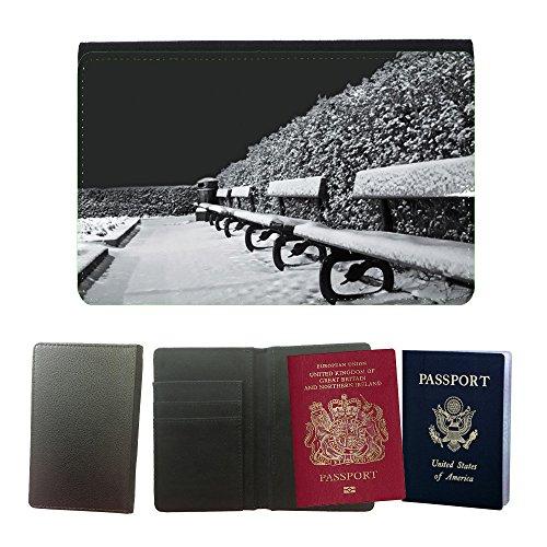 PU Pass Passetui Halter Hülle Schutz // M00157121 Snowy Schnee, Frost, Jahreszeiten Bänke // Universal passport leather cover