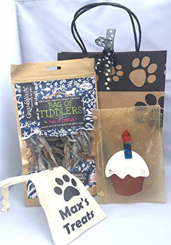 personalised-dog-treat-bag-rawhide-edible-dog-birthday-cake-card-hew-nutritious-tiddler-dog-treat-wi