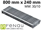 Fenau | Gitterrost-Stufe (R11) XSL – Maße: 800 x 240 mm - MW: 30 mm / 10 mm - Vollbad-Feuerverzinkt – Stahl-Treppenstufe nach DIN-Norm | Fluchttreppen geeignet/Anti-Rutsch-Wirkung