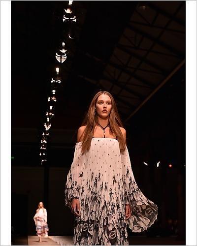 photographic-print-of-fashion-australia