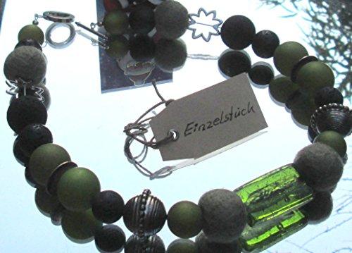 Halskette Klassisch mit Knebelverschluss Filzperlen Silver Foil und Naturstein Lava und Polarisperlen farbig verziert mit Wisilva Perlen Elemente Silber eloxiert liebevoll handgefertigt Unikat - Silber Elemente Charms