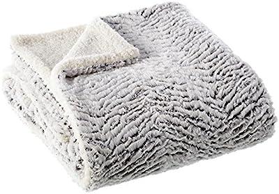 Manta de sofá nórdica blanca de poliéster para salón Fantasy