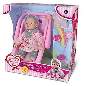 Grandi Giochi - GG71193, Amore Mio - Silla de Coche con muñeca y Accesorios, Color Rosa