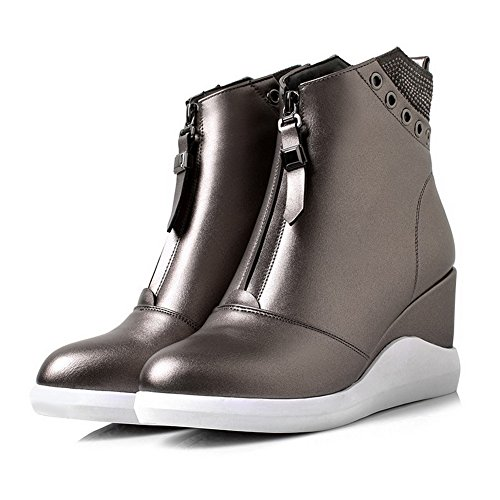AllhqFashion Damen Reißverschluss Schließen Zehe Hoher Absatz Niedrig Spitze Stiefel Grau