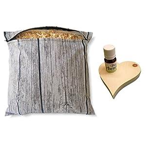 Geschenk-Set Zirbenkissen (30x30cm, weiß oder wooddesign) mit Reißverschluss + Zirben-Herz mit 10ml Bio-Zirbenöl – Naturprodukt