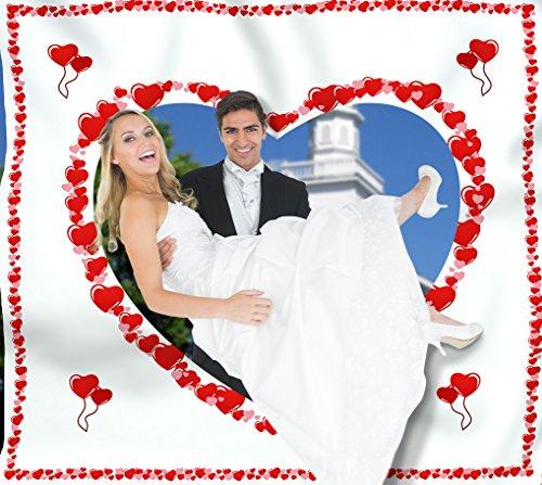 Preisvergleich Produktbild Hochzeitsherz zum Ausschneiden für das Brautpaar inkl. 2 Nagelscheren. Bedrucktes Bettlaken, das Hochzeitsspiel für Braut und Bräutigam.