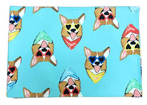Bouffants & gebrochene Herzen süße Corgi Gesichter tragen Sonnenbrille und bunten Bandannas Set von 4 Tischsets 33 x 48 cm