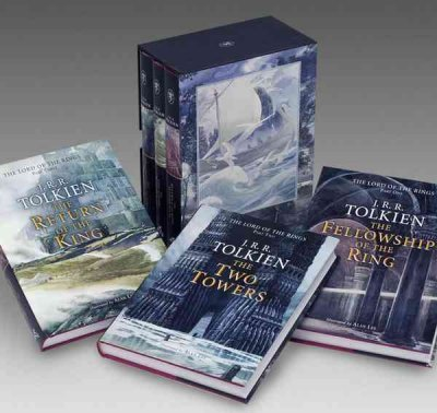 (J.R.R. Tolkien 4-Book Boxed Set: The Hobbit and the Lord of the Rings (Movie Tie-In): The Hobbit, the Fellowship of the Ring, the Two Towers, the Return of the King) By J R R Tolkien (Author) Paperback on ( Sep , 2012 ) par J R R Tolkien