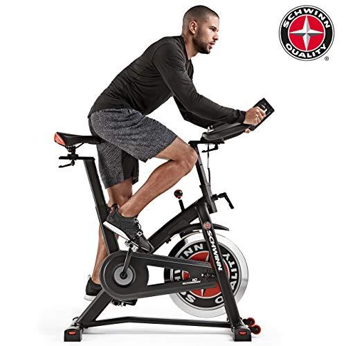 Schwinn Fitnessbike Speedbike IC7 pulverbeschichteter Stahlrahmen, 18 kg PWD Schwungrad, Brustgurtempfänger (Bike Fitness Indoor)