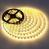 LE LED Streifen 5m 12V Selbstklebend, 3000 Kelvin Warmweiß Flexibel DIY Leiste mit 300 Stück 5050 LEDs, 3600 Lumen Ultrahell LED Band für Innen Heim Küche Feiertag Dekoration