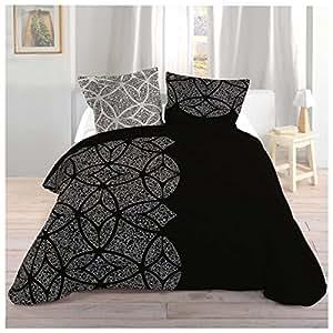 Robe Noire Housse de couette 240 x 260 cm + taies d'oreiller Dimensions :  63 x 63 CM Composition :  80%  Polyester et 20%  coton Motif :  Spirit de ressort