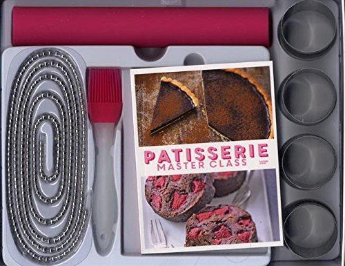 Pâtisserie Master Class : Avec un livre de recettes, une chaîne de cuisson, un tapis de cuisson, 4 cercles et un pinceau