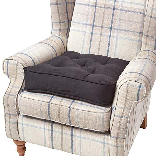Homescapes extrahohes Sitzkissen orthopädisch Sitzerhöhung Aufstehhilfe ca. 50 x 50 x 10 cm, Bezug aus hochwertigem Velours, 100% Polyester Füllung, uni schwarz - Polyester Wildleder Stuhl
