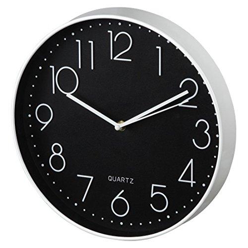 Hama Wanduhr Elegance, analoge Quarz-Uhr ohne Funk, großer Durchmesser 30 cm, Tiefe 4,5 cm, inklusive Batterie, schleichender Sekundenzeiger, weiß/schwarz