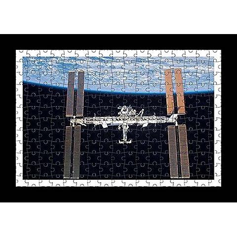 Stile Puzzle, Pre-assemblato da parete con stampa di nave Iss