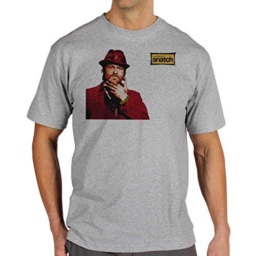 Snatch Movie Brad Pitt Logo In The Corner Red Yellow Background Herren T-Shirt Grau