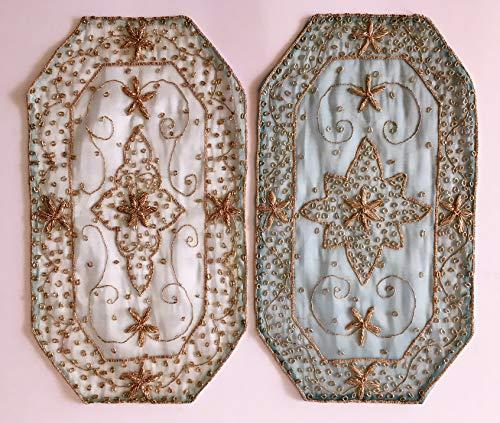 Daniele farinella coppia di centrotavola ottagonali di artigianato indiano,azzurri ricamati a mano con passamaneria,cm 29 x 51