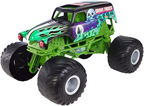 Hot Wheels Monster Jam Giant Grave Digger Truck by Hot Wheels (Monster Truck Grave Digger)