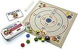 Giochi con le biglie. Include biglie, tappetino bersaglio, gesso e libretto di gioco. immagine