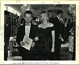 Historique des Images 1992Press Photo Jésuite High School rehausseurs de Fonds–Dr. Michael et Susan Hanemann–8x 10en