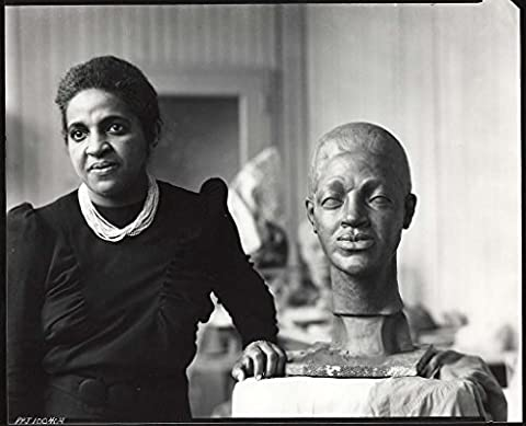 POSTER Selma Burke American sculptor 1900 1995 studio Selma Hortense Burke one few African American women sculptors who achieved a high level national recognition during lifetime She received national recognition relief portrait Franklin Delano Roosevelt which was model image dime She was committed to teaching art to others so she established Selma Burke Art School New York City opened Selma Burke Art Center Pittsburgh PA er Peter A Juley & Son Medium Black white ic print