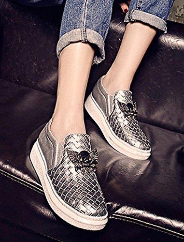Aisun Femme Mode Basse Ornement Métallique Punk Sneakers Argent