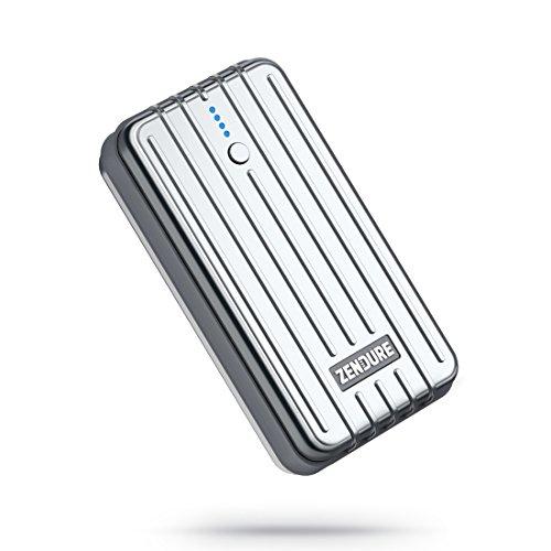 Zendure A2 leichte und kleine Powerbank 6700mAh, kompakte Externer Akku mit Durchgangsladung, 2.4A Ausgang für iPhone XS Max/XR/X / 8/8 Plus / 7 / 6s / 6 Plus, Galaxy S8 /S9, Huawei usw. (Silber)