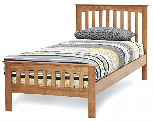 Shaker style,solid hardwood Honey oak finish wood wooden bed frame bed stead. 3ft Single, 4ft small, 4ft6 double,5ft King, 6ft Super King (3ft Single)