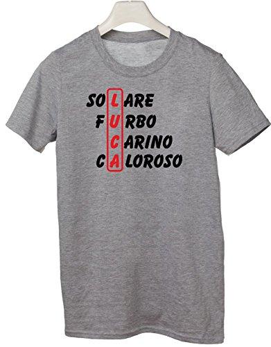 Tshirt compleanno con nome Luca e aggettivi simpatici - idea regalo - Tutte le taglie Grigio